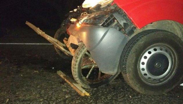 ДТП на Одещині: мікроавтобус влетів у підводу, троє загиблих