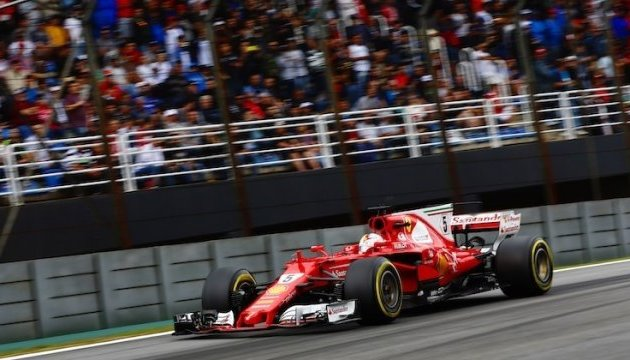 Формула-1: Феттель переміг на Гран-прі Бразилії