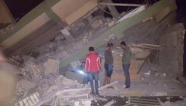 Количество жертв землетрясения в Иране превысило 140