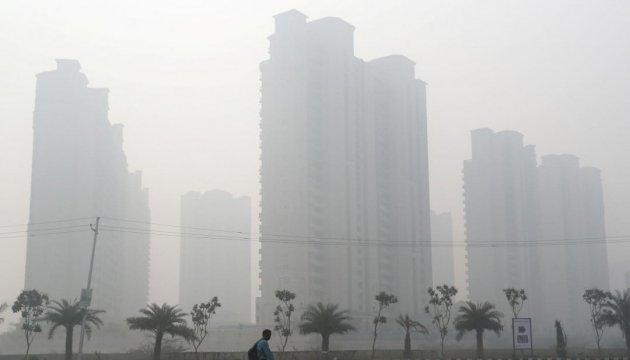 Токсический смог снова окутал Дели