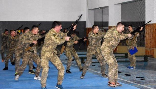 Военным летчикам презентовали БАрС