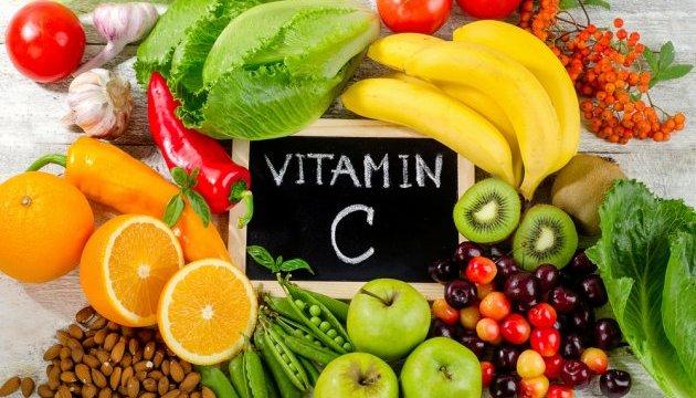 Які вітаміни потрібні організму для покращення імунітету і в яких продуктах вони є. Інфографіка