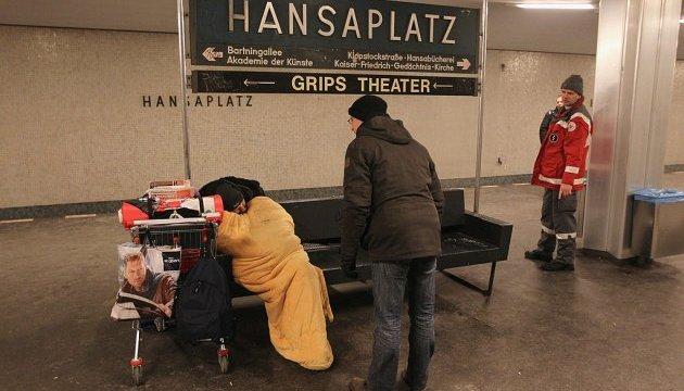 У Німеччині нарахували 860 тисяч бездомних, 12% - громадяни ЄС