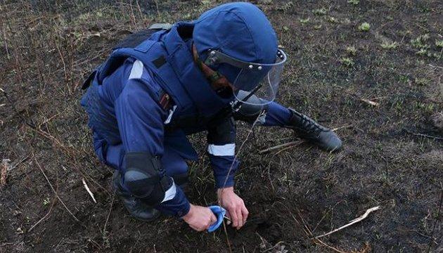 На Прикарпатті, у старому колгоспі, виявили смертоносну знахідку