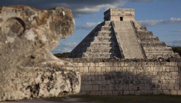 Археологи нашли тоннель под пирамидой в Чичен-Ице