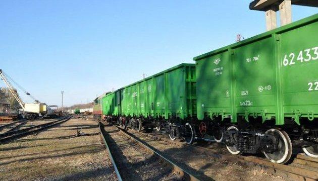 Експерт: Звинувачення УЗ в незабезпеченні вагонами - банальний шантаж і лобізм