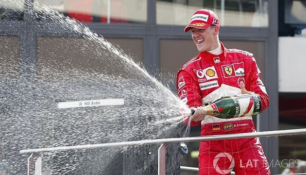 Формула-1: Шумахера признали лучшим пилотом в истории Ferrari