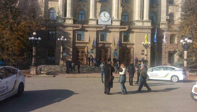 Полиция рассказала подробности столкновений в горсовете Николаева