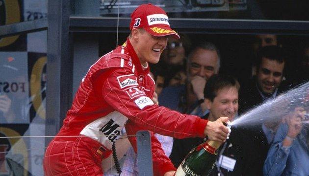 Семья Шумахера накануне его 50-летия заверила, что гонщик