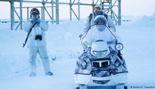 НАТО заявляє про посилення військової присутності Росії в Арктиці