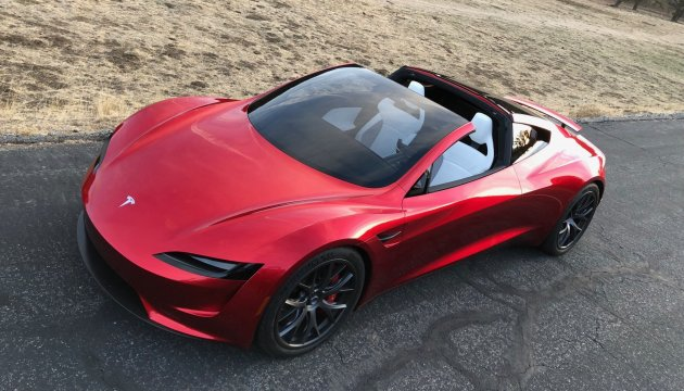 100 км за 2 секунди: Tesla презентувала найшвидший серійний електрокар