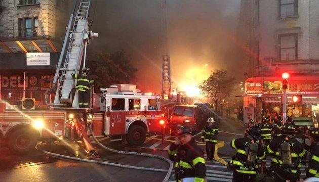 На Манхэттене горел столетний дом, есть пострадавшие