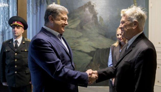 波罗申科感谢美国导演大卫•林奇在乌克兰设立基金会