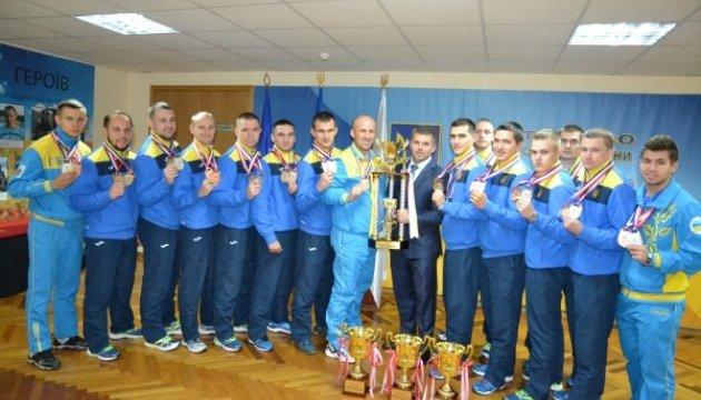 Украинцы - в тройке лучших чемпионата мира по гиревому спорту в Сеуле