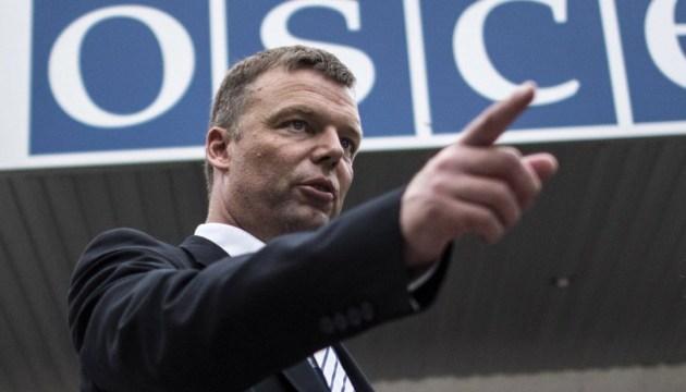 Хуг: ОБСЄ рішуче налаштована продовжувати роботу на Донбасі