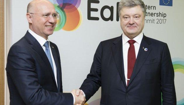 Порошенко обсудил с премьером Молдовы приграничное сотрудничество