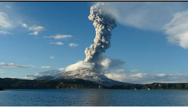 Виверження вулкану на Балі: евакуювали 24 тисячі людей