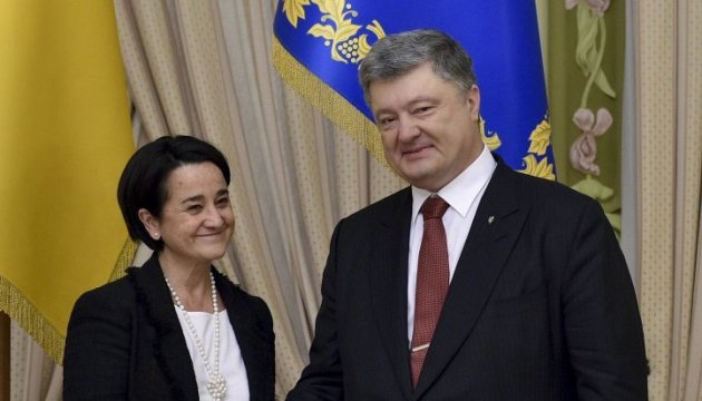 President Poroshenko, Spanish Ambassador confirm mutual support of territorial integrity of both states