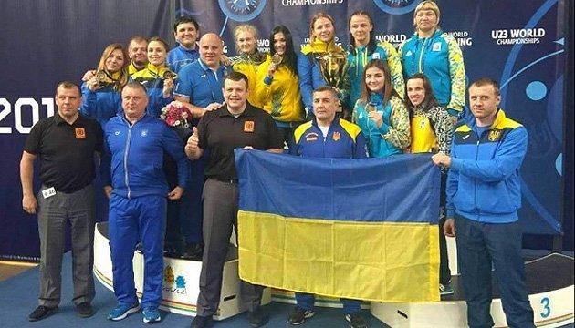 Украинские борцы завоевали восемь наград чемпионата мира в Польше