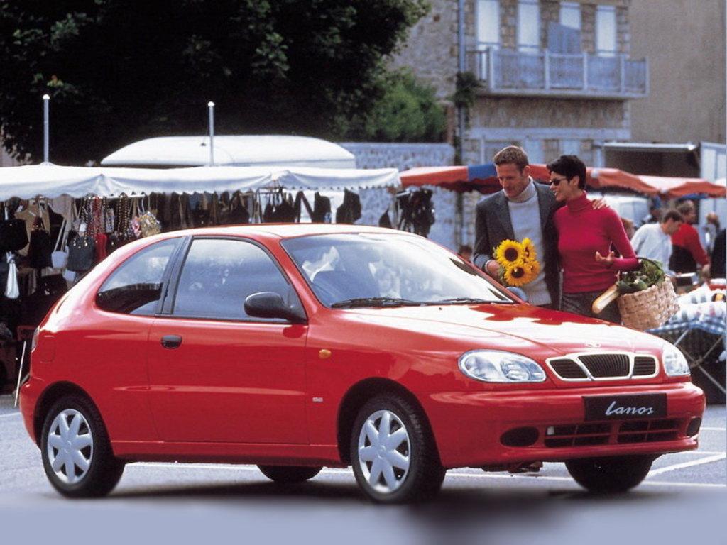 На фото: Daewoo Lanos, хетчбек, 1 покоління, T100 (01.1997 - 01.2002)
