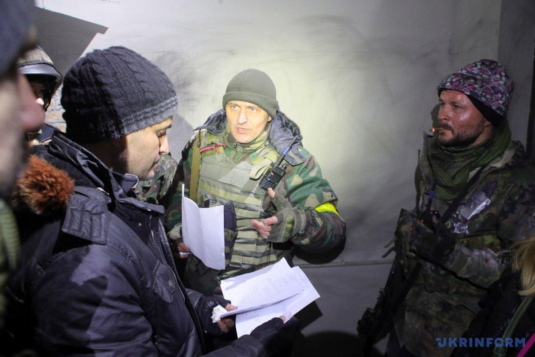 Ахтем Сеїтаблаєв (ліворуч) під час зйомок фільму з робочою назвою