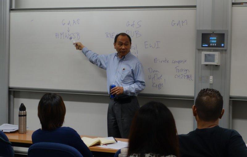 Френсіс Фукуяма - філософ, політолог, політичний економіст