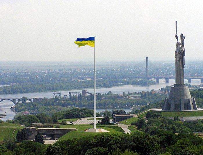Пропозиція щодо влаштування флагштоку Державного прапора України // Джерело: КМДА