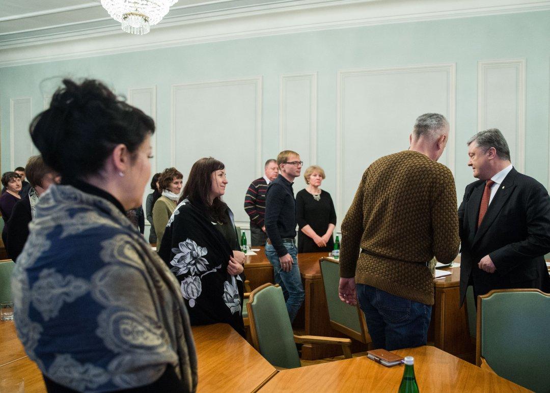Символ перемоги України: Порошенко зробив сильну заяву про обмін полоненими