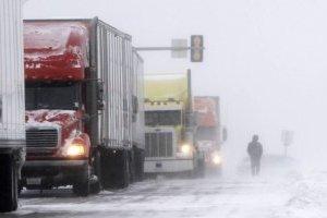 У Миколаївській області закривають кілька трас для вантажівок