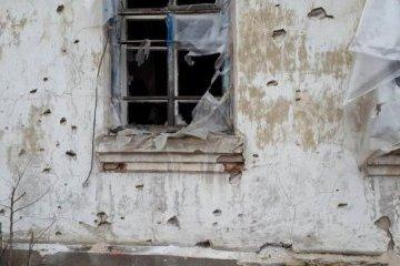 Les habitants du village de Vroubovka restent sans électricité et sans gaz à cause des bombardements