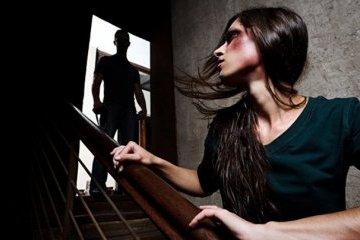 APCE : Chaque jour, 137 femmes en moyenne dans le monde sont tuées par un partenaire ou un membre de la famille