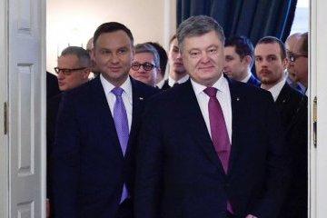 Poroshenko: Rusia se beneficiará de los conflictos históricos entre Ucrania y Polonia