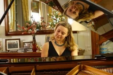 La pianista Violina Petrychenko presenta a los alemanes las obras de los compositores ucranianos (Fotos, Vídeo)