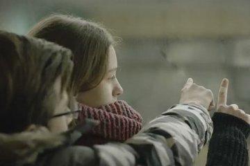 « Merci », « Aime » et « Embrasse » : les messages d'intérêt public, tournés par le ministère de l'Information de l'Ukraine (vidéo)