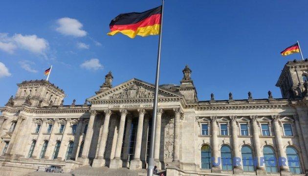 У Меркель пока не комментируют первые заявления Зеленского
