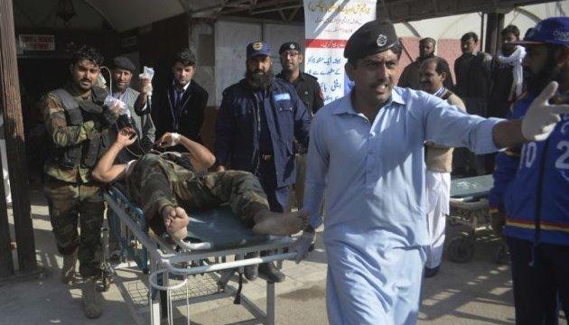 Нападение Талибана на колледж в Пакистане: количество погибших возросло до 12