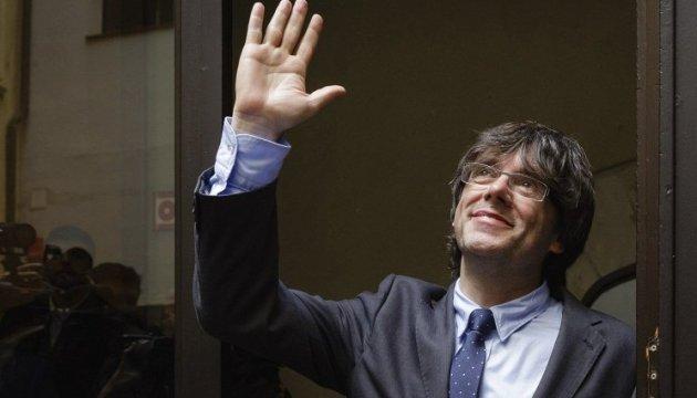 En España retiran la orden de detención contra Carles Puigdemont y los exconsejeros