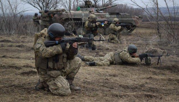 АТО: бойовики накрили мінометним вогнем позиції ЗСУ під Луганським