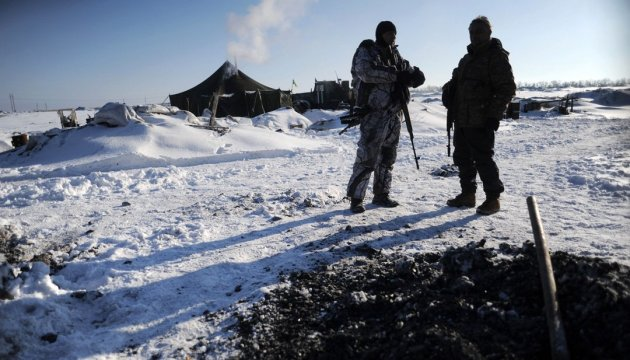 Militants launched 27 attacks on Ukrainian troops in Donbas in last day