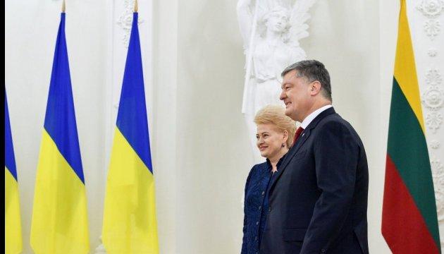 Ситуація з Саакашвілі не варта міжнародної уваги - Порошенко