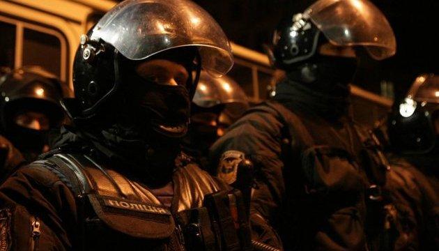 Охорону будівлі ізолятора СБУ, де перебуває Саакашвілі, посилили