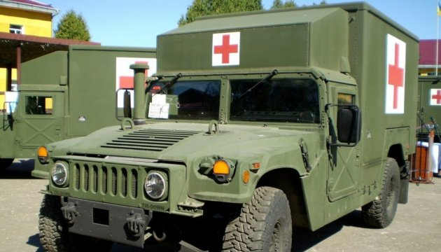 President Poroshenko: Forty military ambulances sent to eastern Ukraine