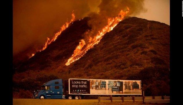 У США повідомили про першу жертву лісових пожеж у Каліфорнії