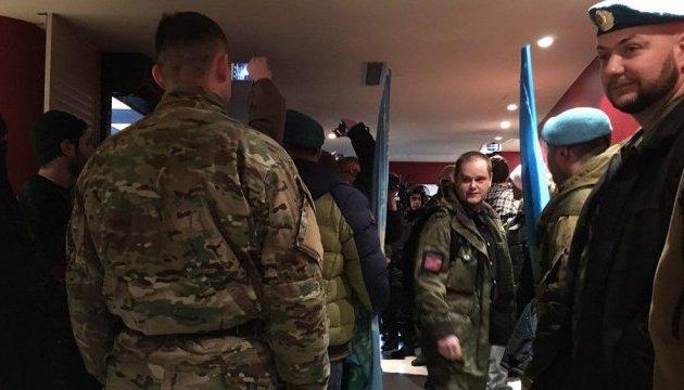 """В Москве """"вата"""" сорвала фильм о войне на Донбассе"""