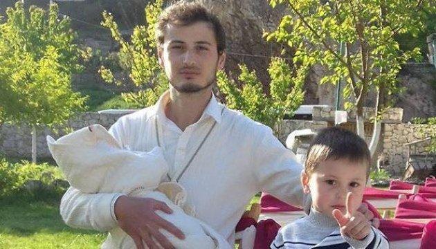 У Бахчисараї без пояснень забрали кримського татарина