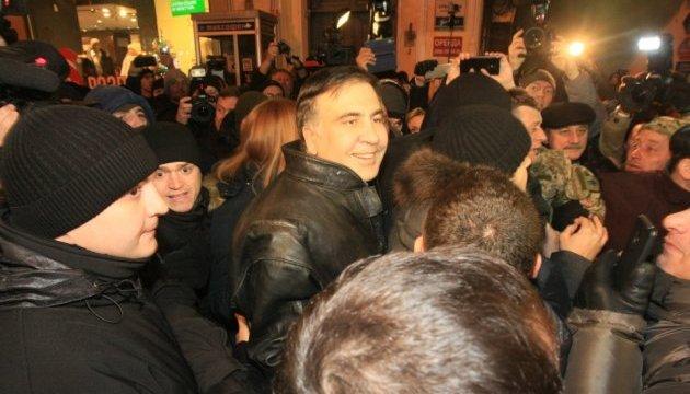 Саакашвілі після суду рушив на Костьольну