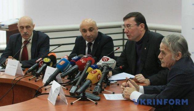Туреччина закрила порти для кораблів, що заходили до Криму — Луценко