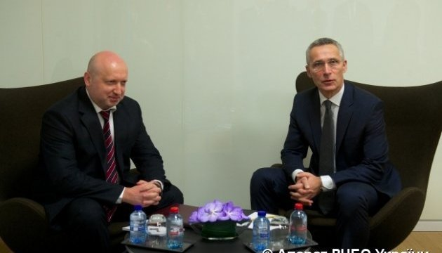 Turchynov, Stoltenberg discuss how to counter Russian aggression