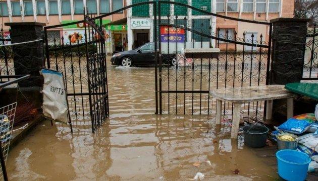Паводок на Закарпатье: из затопленных домов эвакуировали 150 человек