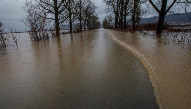 Паводок в Україні: синоптики прогнозують подальший підйом води у річках
